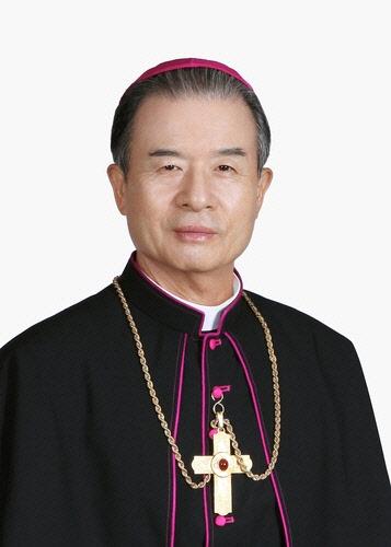 이용훈 한국천주교주교회 새 의장